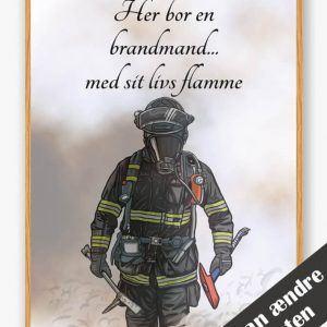Her bor en brandmand... (sort) - plakat