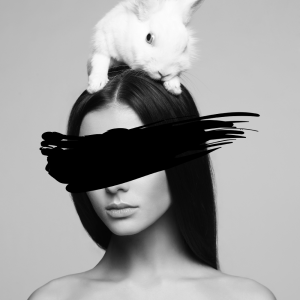 Model with white bunny plakat